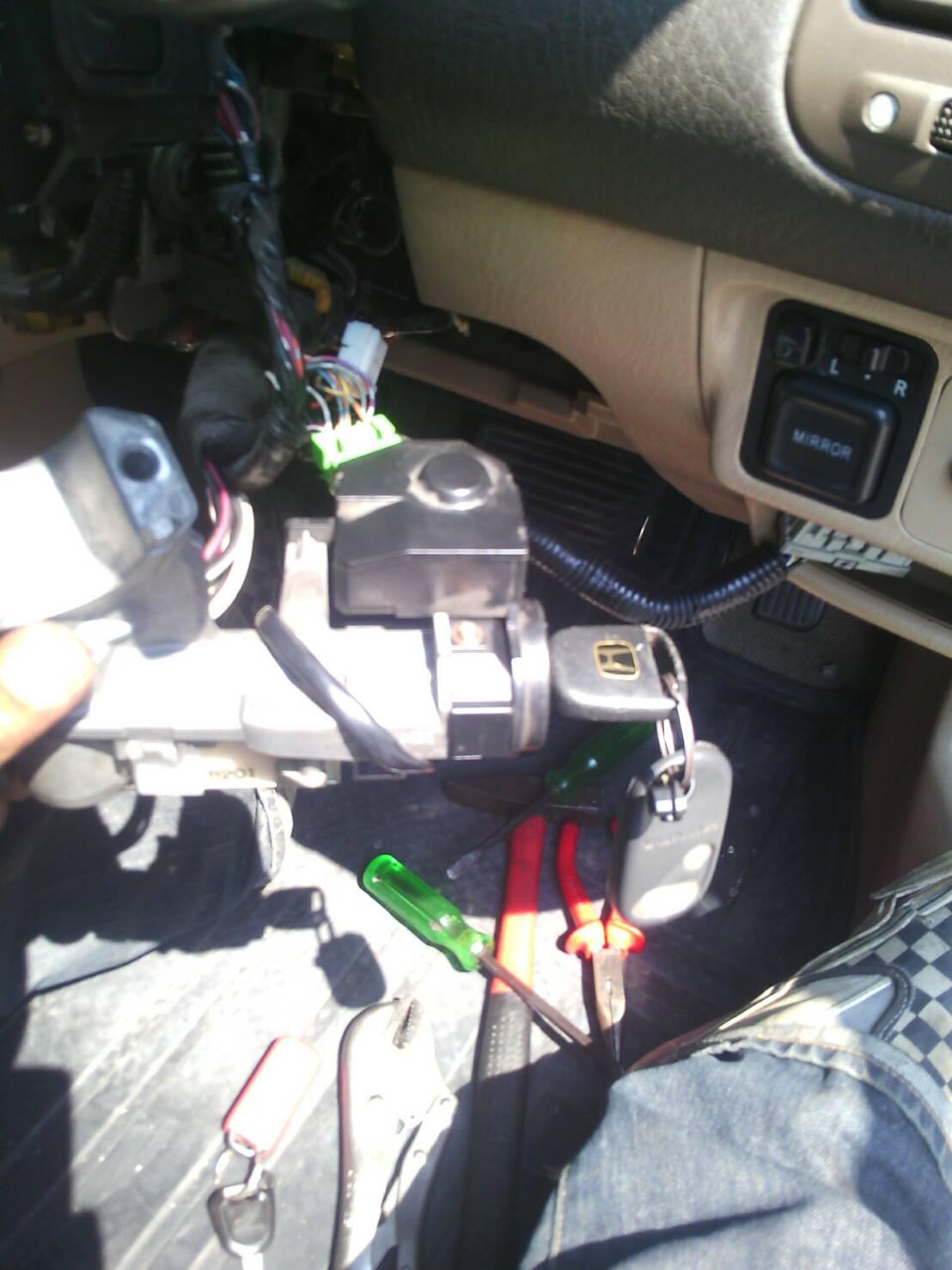 ซ่อมคอกุญแจรถยนต์