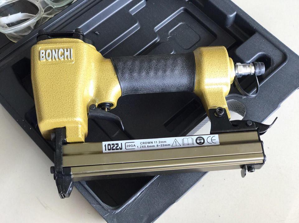 ปืนยิงแม็คลม ขาคู่ BONCHI (1022j)