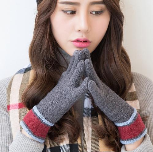 iWinter touch glove ถุงมือทัชกรีนได้ (ผู้หญิง/สีเทา)